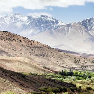 iStock_000021040010_Atlas_Mountains.jpg