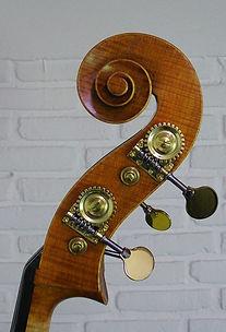 Double Bass Maker