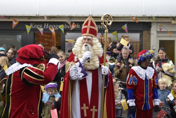 Sinterklaas vertelt