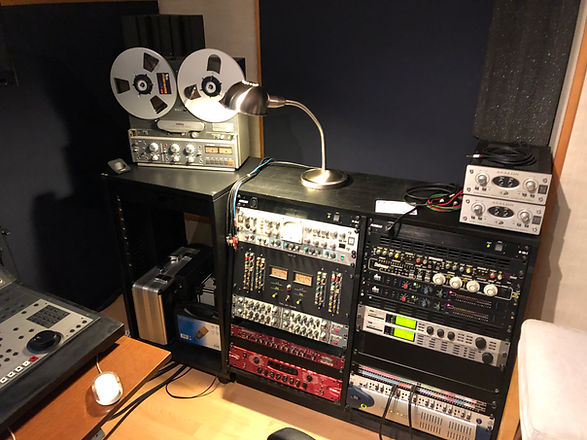 Rack de traitement Record / Studio 440 / Avalon / Neve / Amek / Midas / Distressor / TC M4000 / 192
