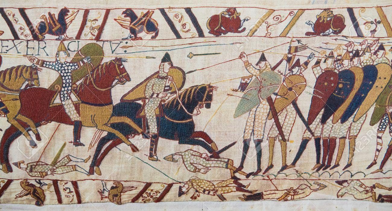 24854192-détail-de-la-tapisserie-de-bayeux-représentant-l-invasion-normande-de-l-angleterre-au-11ème