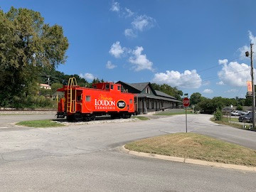 Loudon Caboose and depot.jpg
