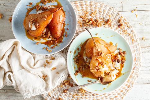 Sinai Gourmet - Habanero Honey - Chai Poached Pears with Spicy Habanero Orange Sauce and Homemade Granola