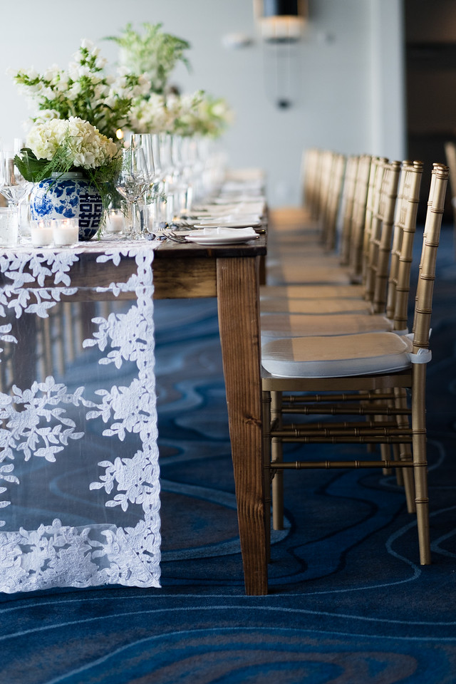 Laurie Andrews table runners