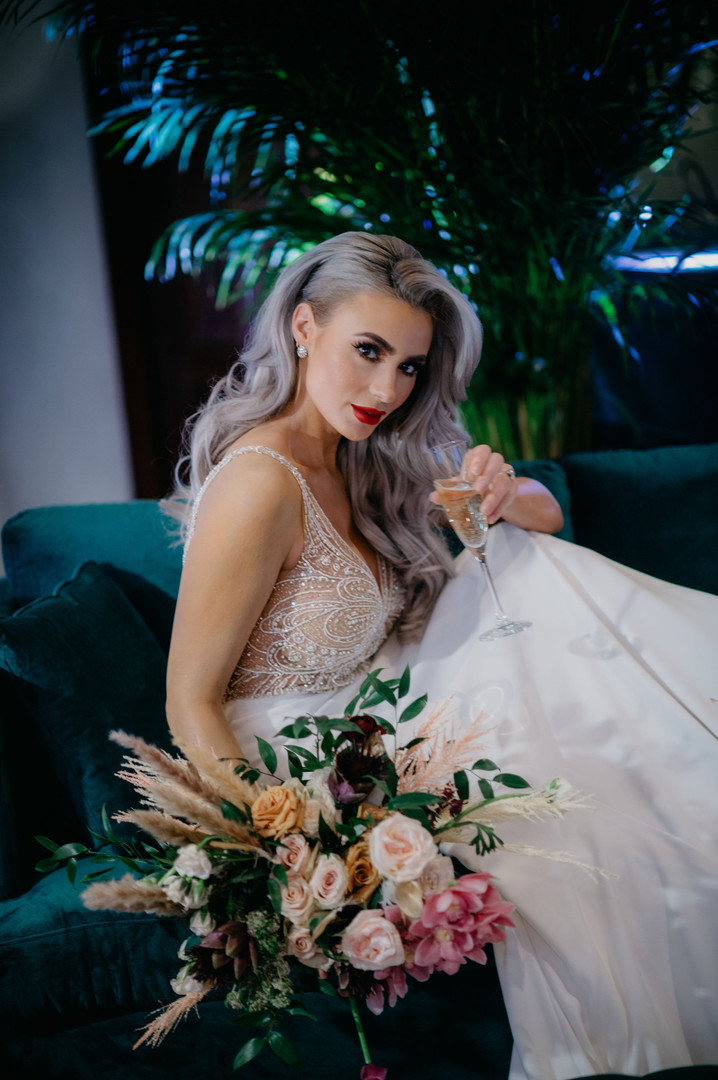 Andreas Bridal & Laurie Andrews Design