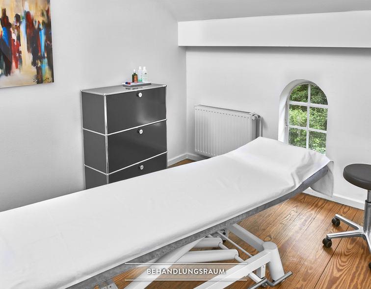 Behandlungsraum_01.jpg