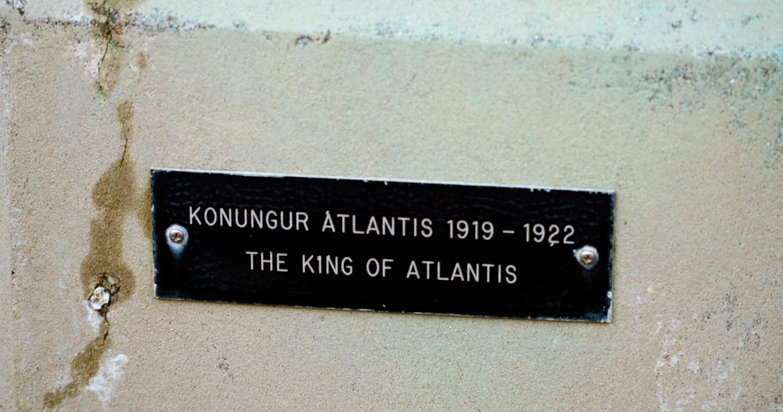King of Atlantis plaque