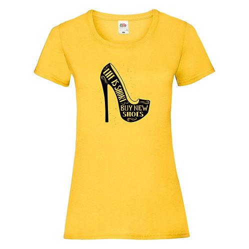 "T-shirt ""LIFE IS SHORT"""