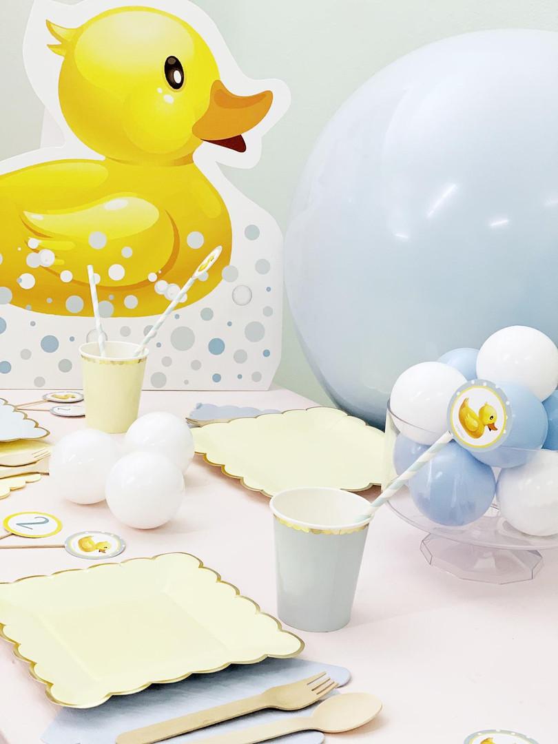 Decorazioni festa Paperella.jpg