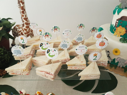 Food toppers jungle party 2.jpg