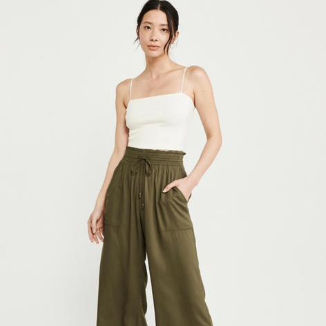 Women's Cropped Wide-Legged Pants