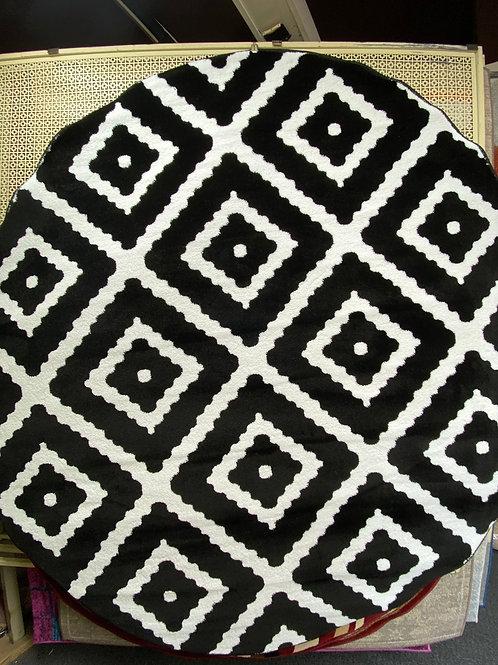 Black /White  6.6 ft round