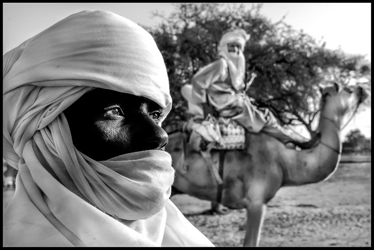 Gathering Tuareg tribesmen.