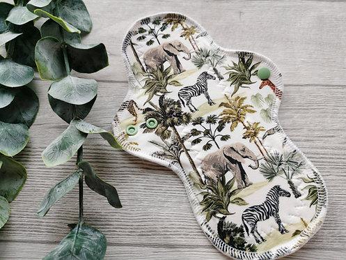 PU 26cm, curvy flare, žirafe i slonovi