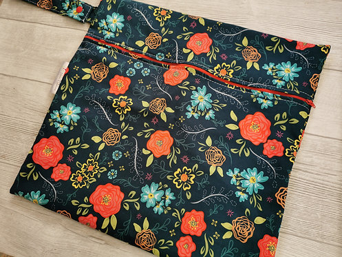 Wetbag red and blue roses