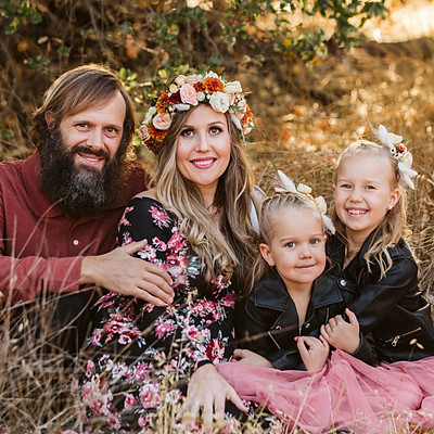 Aleksynas Family