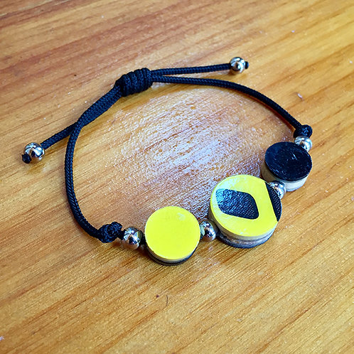 Ski Bead Slide Knot Bracelet – 3 Yellow on Black