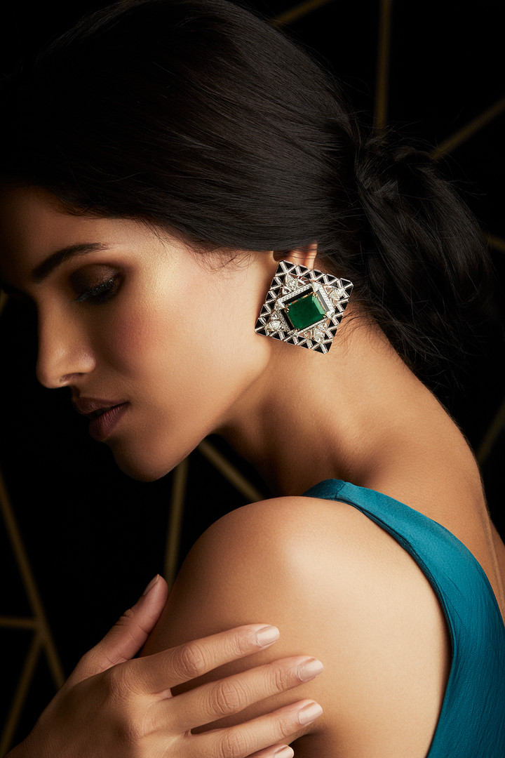 GRAPHIC EMERALD & DIAMOND EARRINGS WITH BLACK ENAMELLING - FOR THAT SIGNATURE ART DECO LOOK.