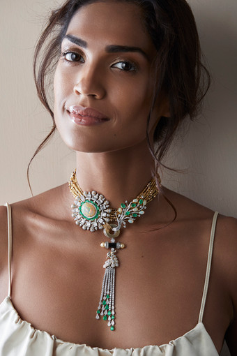 Stunning choker with opal, emerald, diamonds and onyx.