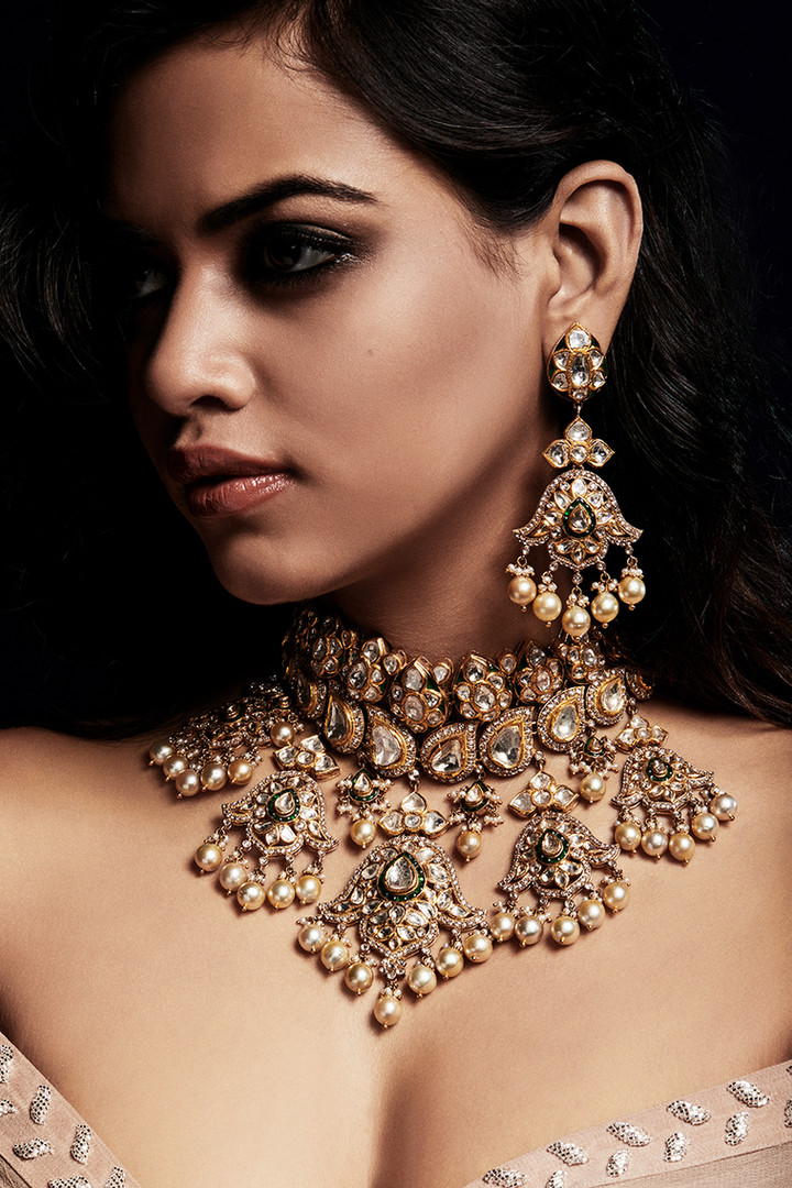 Heritage, authentic diamond polki necklace and earring suite.