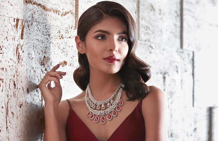 Timeless classic, with a ruby and diamond necklace.