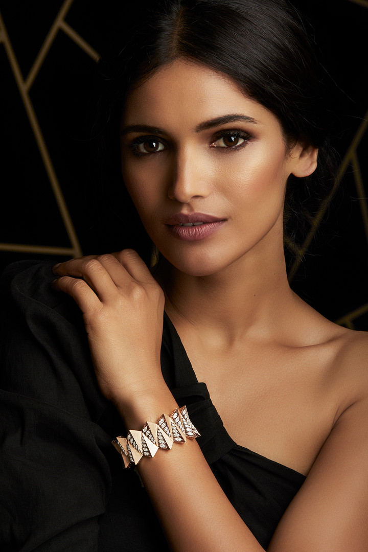 MODERN GEOMETRY INSPIRED BRACELET - CRAFTED WITH DIAMONDS ON MATT ROSE GOLD, WITH BRUSHED GOLD FINISH.