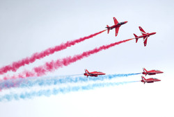 airshow-red-arrows-12