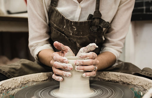 ceramics image with woman potter - Copy.