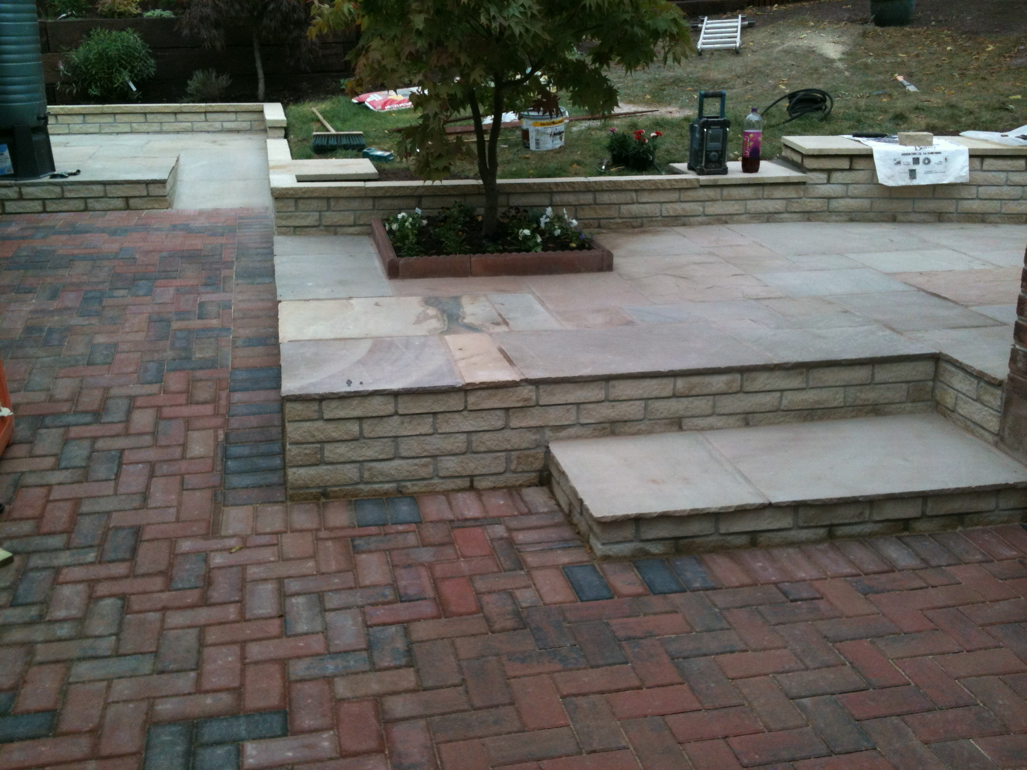 walling, brick pavings and slabs