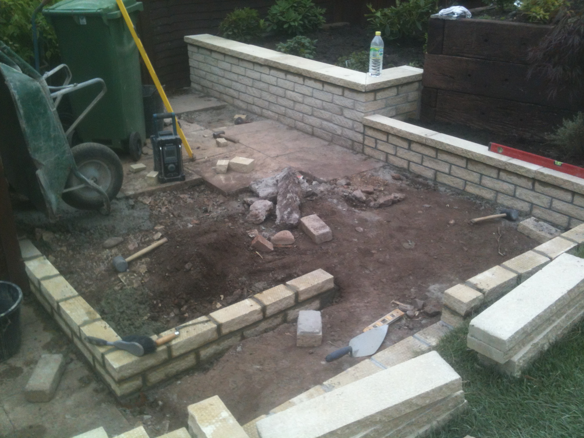 walling and prep for slabbing