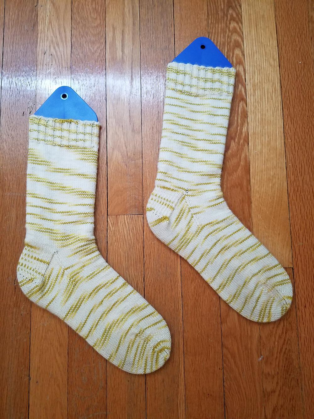 The Basic Sock pattern by Ann Budd