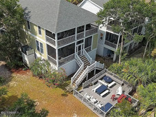 Party Deck overlooking the Marsh! Perfect for Lowcountry Boils and Cookouts with family and friends.