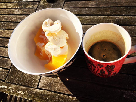 Sarah writes a blog on the benefits of geltaine and gives our broth a shout out!