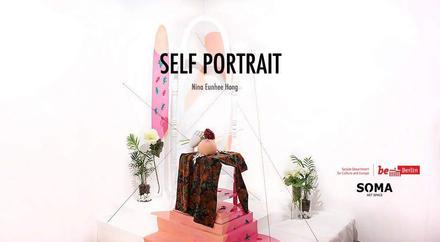 Self-portrait Nina Eunhee Hong Titelbild