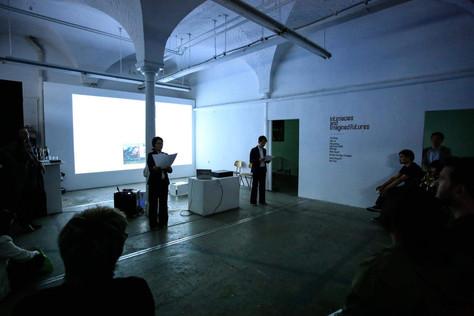 Performance - Việt Lê  'White Gaze' .