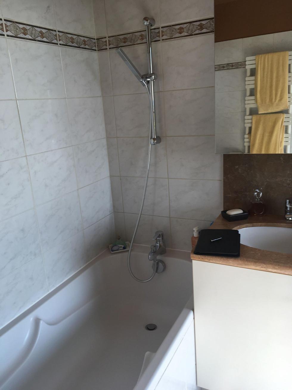 La salle des bain des client AVANT