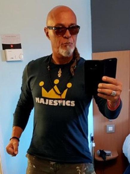 Long-sleeved Majestic T-shirt