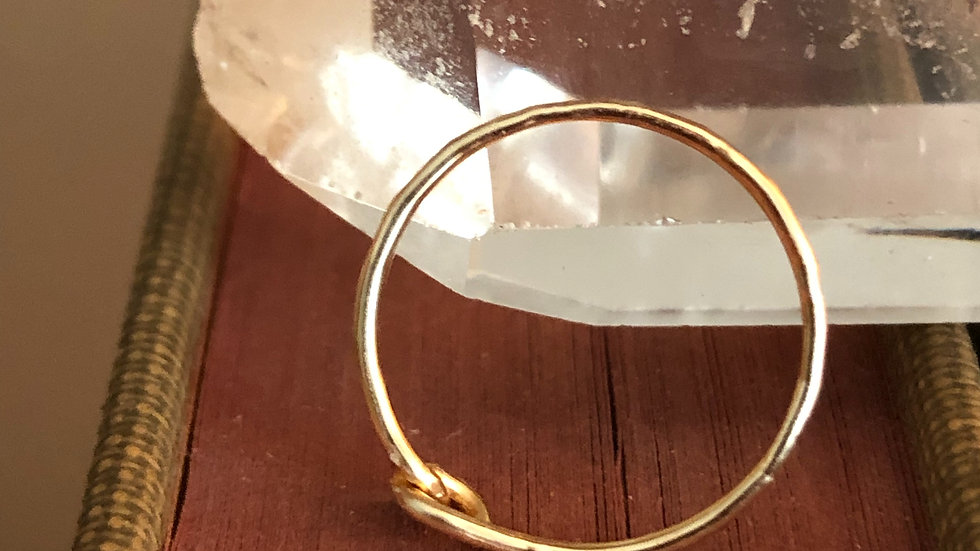 Hammered gold ring band • Request size with