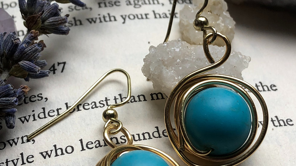 Wrapped around you • Earring collection