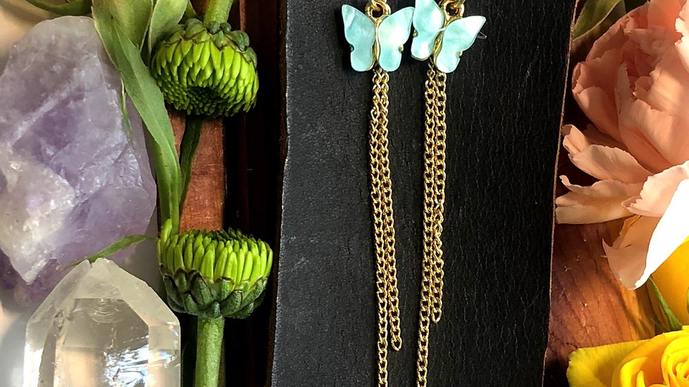 Flutter • Dangle earrings