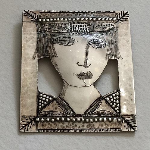 Sterling silver brooch 678