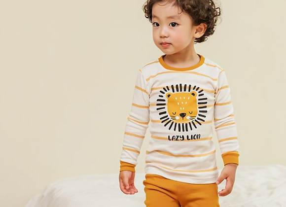 Lazy Lion Playwear