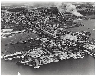 crisfield harbor c. 1920.jpg