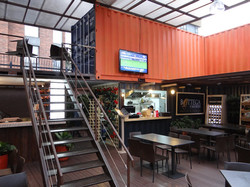 Container-City-dining-area-PCORREDOR