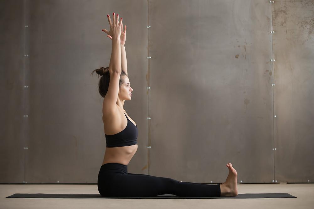 Saluto alla luna yoga