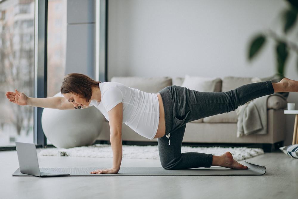 Corso di yoga in gravidanza Online