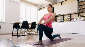 Fare yoga a casa: la guida completa di Associazione Myself