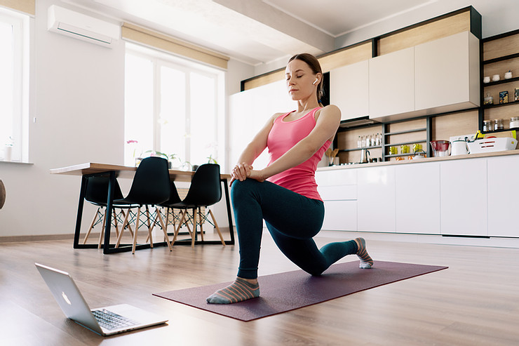 praticare lo yoga a casa