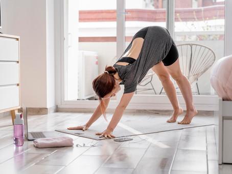 9 Esercizi yoga per il mal di schiena