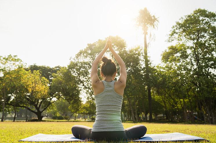 yoga al parco.jpg